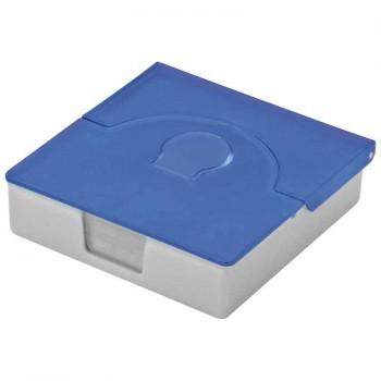 Практичная пластиковая коробочка для визиток